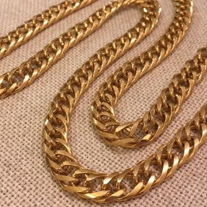 Vintage Goldtone Large Chain Double Curved Link